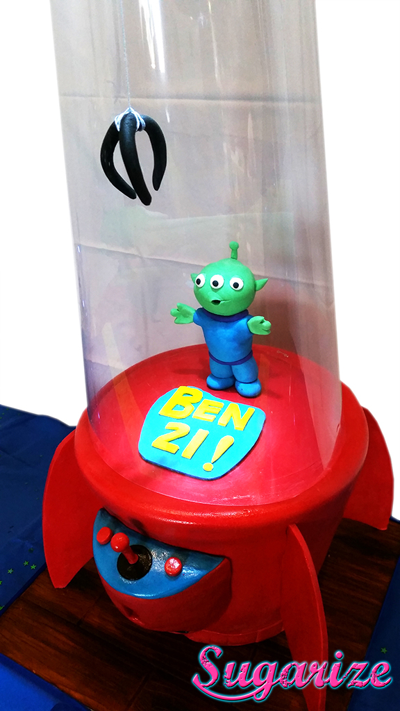 ToyStoryCake THE CLAW SUGARIZE 2